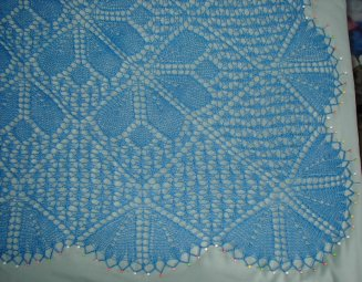 Springtime shawl 4 - corner.jpg